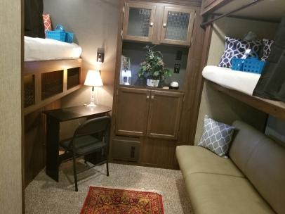 Bunk-Bed-Room
